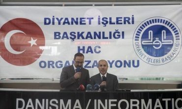 Ankara'dan ilk hac kafilesi uğurlandı