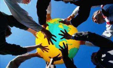 Dünya Bize, Biz Birbirimize Emanetiz!