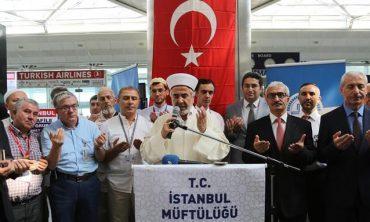 İstanbul'dan ilk hac kafilesi uğurlandı