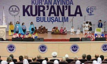 """""""Yaz Kur'an kursları, milletimizi tarih sahnesinde sürekli kılacak kimliği inşa eder…"""""""