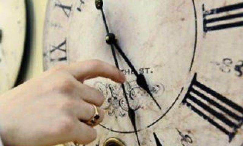 saatler-ileri-aliniyor.jpg
